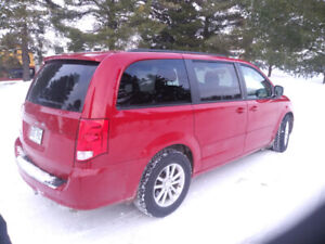 2013 Dodge Caravan Stow and go Fourgonnette, fourgon
