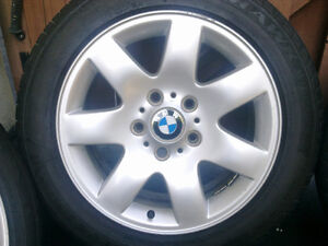 BMW E46 style 45 Mags with summer tires 205/55R16 West Island Greater Montréal image 4