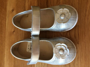 Excellent condition, Toddler Size 7 shoes