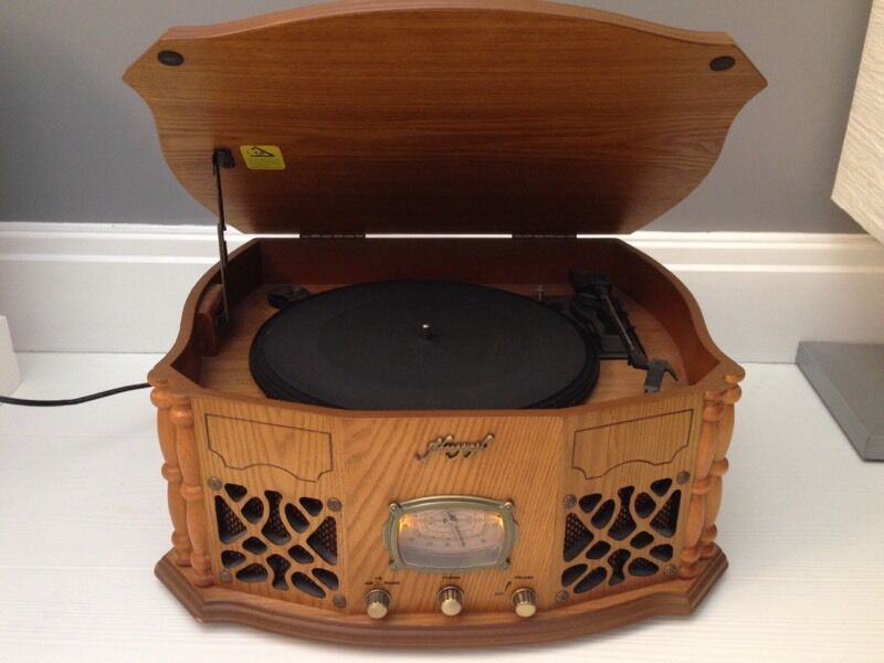 Vintage style record player with radio