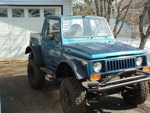 WANTED 1984 Suzuki Other SUV, Crossover