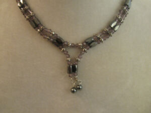 UNUSUAL VINTAGE AMETHYST/CLEAR NECKLACE with MAGNETIC CLOSURE