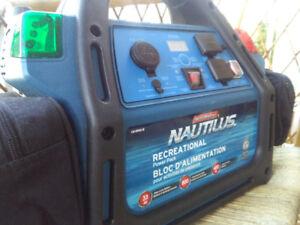 MotoMaster Nautilus Marine Recreational Power Pack, 800 A