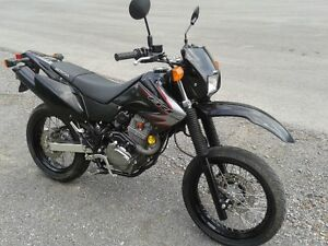HONDA CRF 230 M super motard 2009