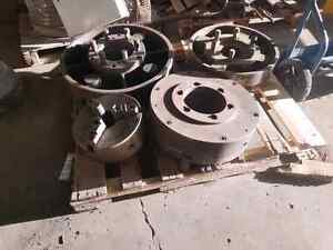 3 jaw and 4 jaw chucks for lathes