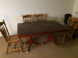 Dining table set Kitchener / Waterloo Kitchener Area image 2
