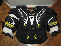 Bauer/Reebok Goalie: Chest Protector & Gloves