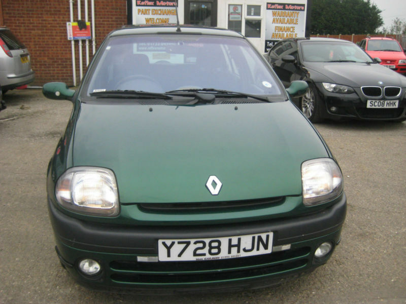 renault clio 1 4 16v auto 2001 model alize 2 previous keeper 3 spare keys in wisbech. Black Bedroom Furniture Sets. Home Design Ideas