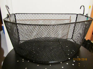 Basket / Panier