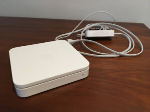 Apple AirPort Extreme 802.11n (5th Generation)