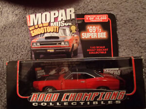 1:43 SCALE DIE-CAST ROAD CHAMPIONS 1969 1/2 DODGE SUPER BEE R-4