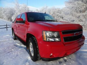 2011 Chevy Avalanche LT 4WD