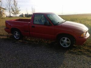 One Owner 1996 GMC Sonoma SLC Pickup Truck 2750 OBO