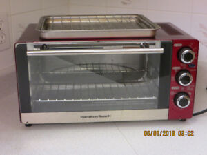 TOASTER OVEN - TOAST, BAKE, BROIL, CONVECTION