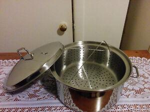 Casserole pour cuire à la vapeur,neuve