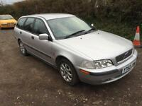 2001 Volvo V40 1.6 SE Estate *Full leather, FSH*