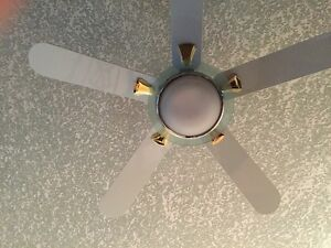 Deluxe chrome and white ceiling fan Edmonton Edmonton Area image 4