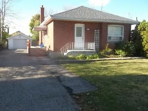 Brampton great location entire small detached bungalow available