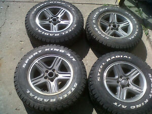 LT225 75R16  16 inch Jeep rims with tires Stratford Kitchener Area image 1