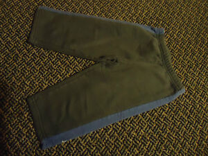 Boys Size 2 Navy sweatpants