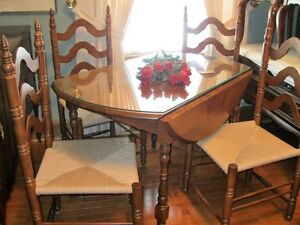 QUALITY DROP LEAF TABLE WITH LADDER CHAIR'S