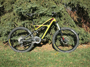 2012 Specialized Enduro Evo, lots of upgrades