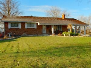 OPEN HOUSE SUNDAY 1-3PM -525 County Rd 34w Essex