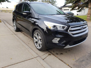 2017 Ford Escape Titanium (fully loaded) for sale!