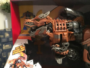 Rare Transformer Large Grimlock Stomp and Chomp.