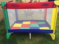 Graco pack'n play travel cot/ foldable playpen