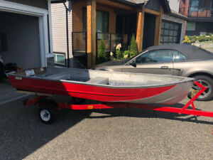 12' Aluminum Boat - $550 (Maple Ridge)