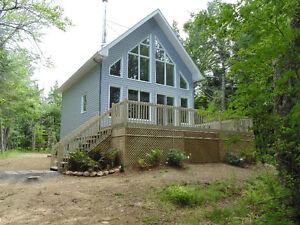 Maison bord de lac Amherst, Laurentides
