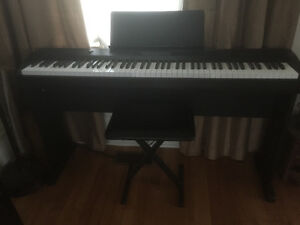 Casio CDP-220R full size electric piano 88keys Cornwall Ontario image 4