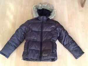Women's winter jacket with removable hood.