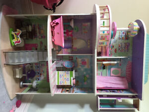 Barbies and Doll Mall