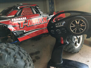 Traxxas T-Maxx 3.3 For Sale Regina Regina Area image 2