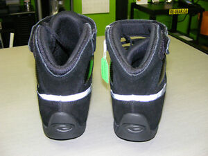 Lightweight Riding Shoes - NEW at RE-GEAR Kingston Kingston Area image 4