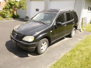 2000 Mercedes-Benz M-Class loaded. SUV, Crossover