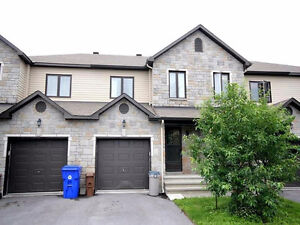 Plateau Aylmer House for rent 1 July