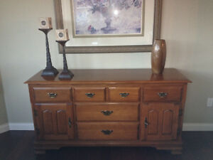 Vilas solid maple dining table, hutch and sideboard.