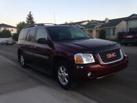 2004 GMC Envoy XL SLT 4X4 SUV - Must see it to believe it!
