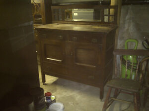 Lovely Old Unique Buffet with 2 Drawers and 2 Doors $180.