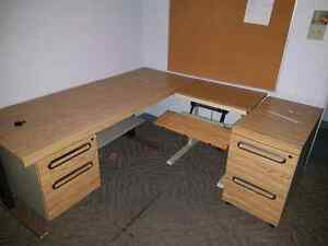 Drafting computer desk