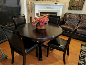 5 Peice Round Dining Table Set 48
