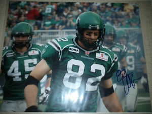 SASKATCHEWAN ROUGHRIDERS AUTOGRAPHED CFL FOOTBALL FAN PACK Edmonton Edmonton Area image 6