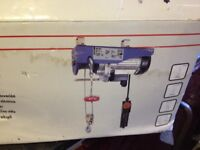 CHEAP brand new unused 400kg electric hoist only £50.00