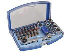 Faithfull Ratcheting Bit & Socket Set, 42 Piece Drill screwdriver bit Stocking filler xmas gift