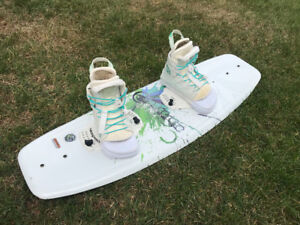 Wakeboard HyperLite Motive 109