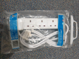 Extension lead socket white