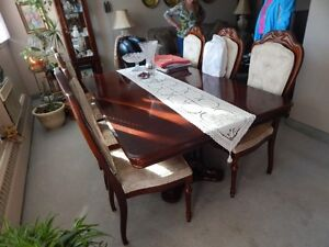 Double Pedestal SOLID WOOD Table + 6 Chairs